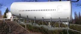 airplanebuilding2