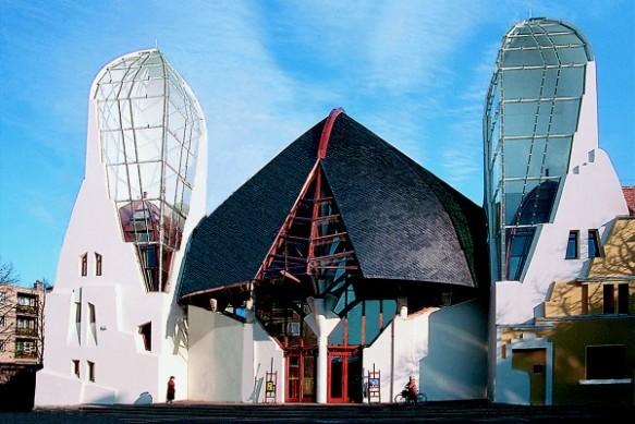 Architettura organica vivente-Imre makovecz