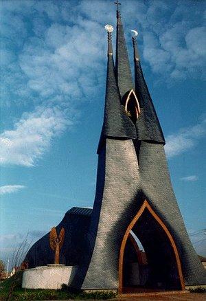 Imre makovecz_chiesa cattolica Pakd